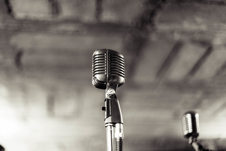 Vintage microphone. Photo by: stock.tookapic.com