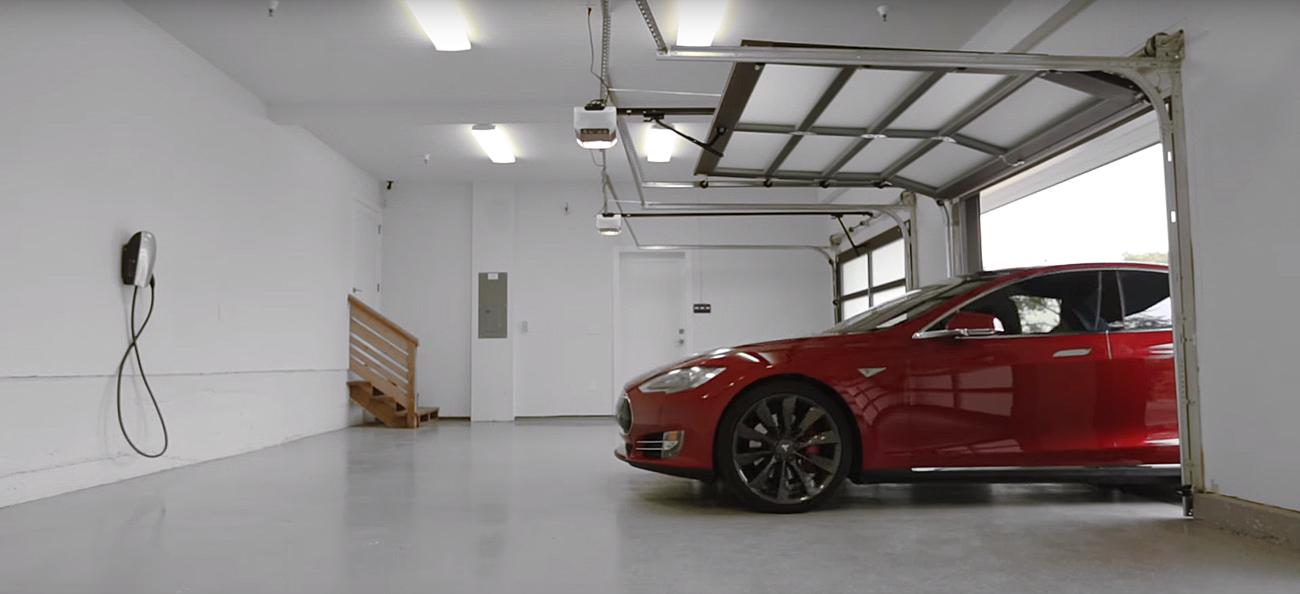 Tesla Motors. Photo by: Tesla Motors / YouTube