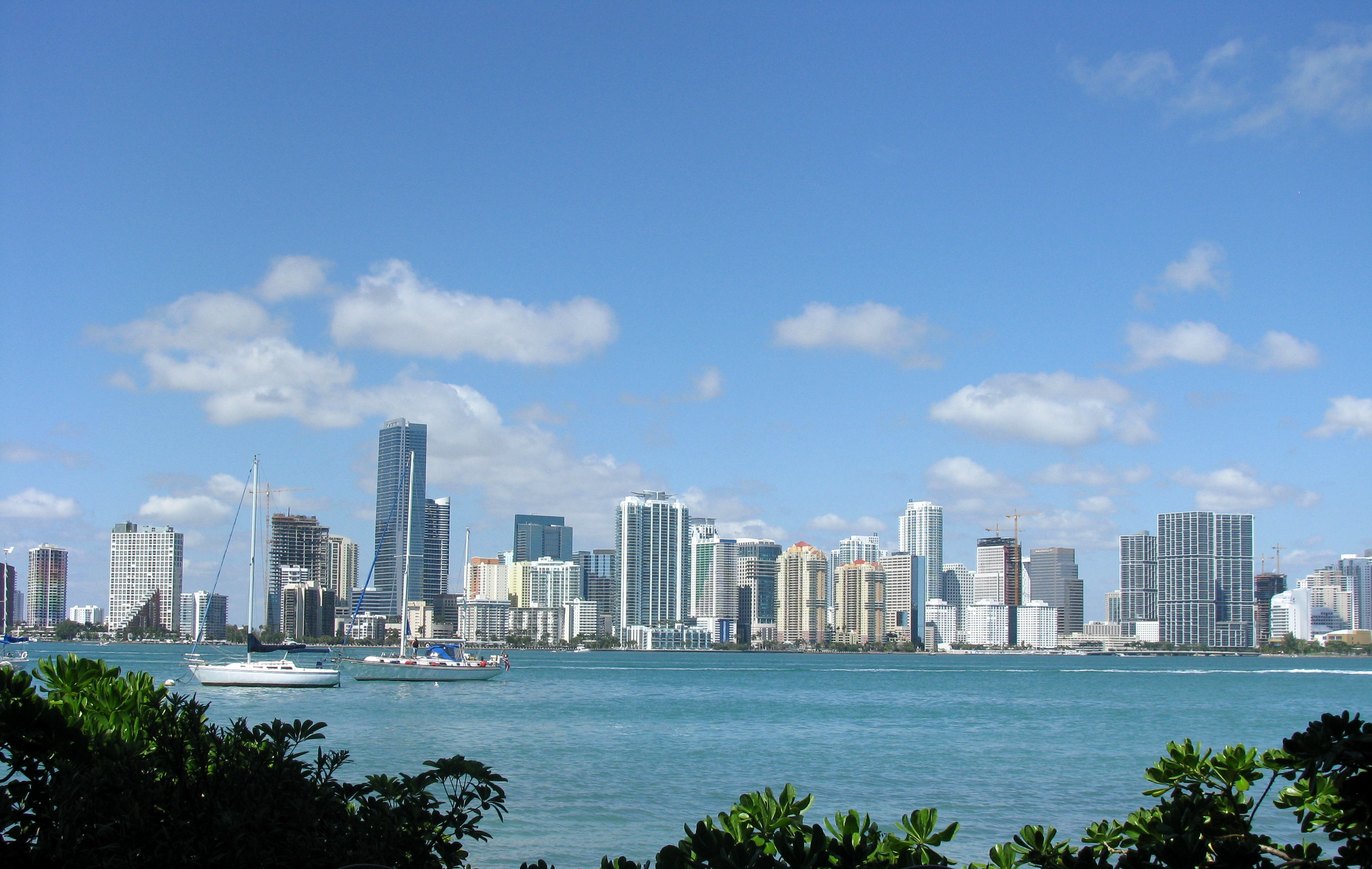 Miami skyline. Photo by: Captain Tucker / Wikimedia Commons