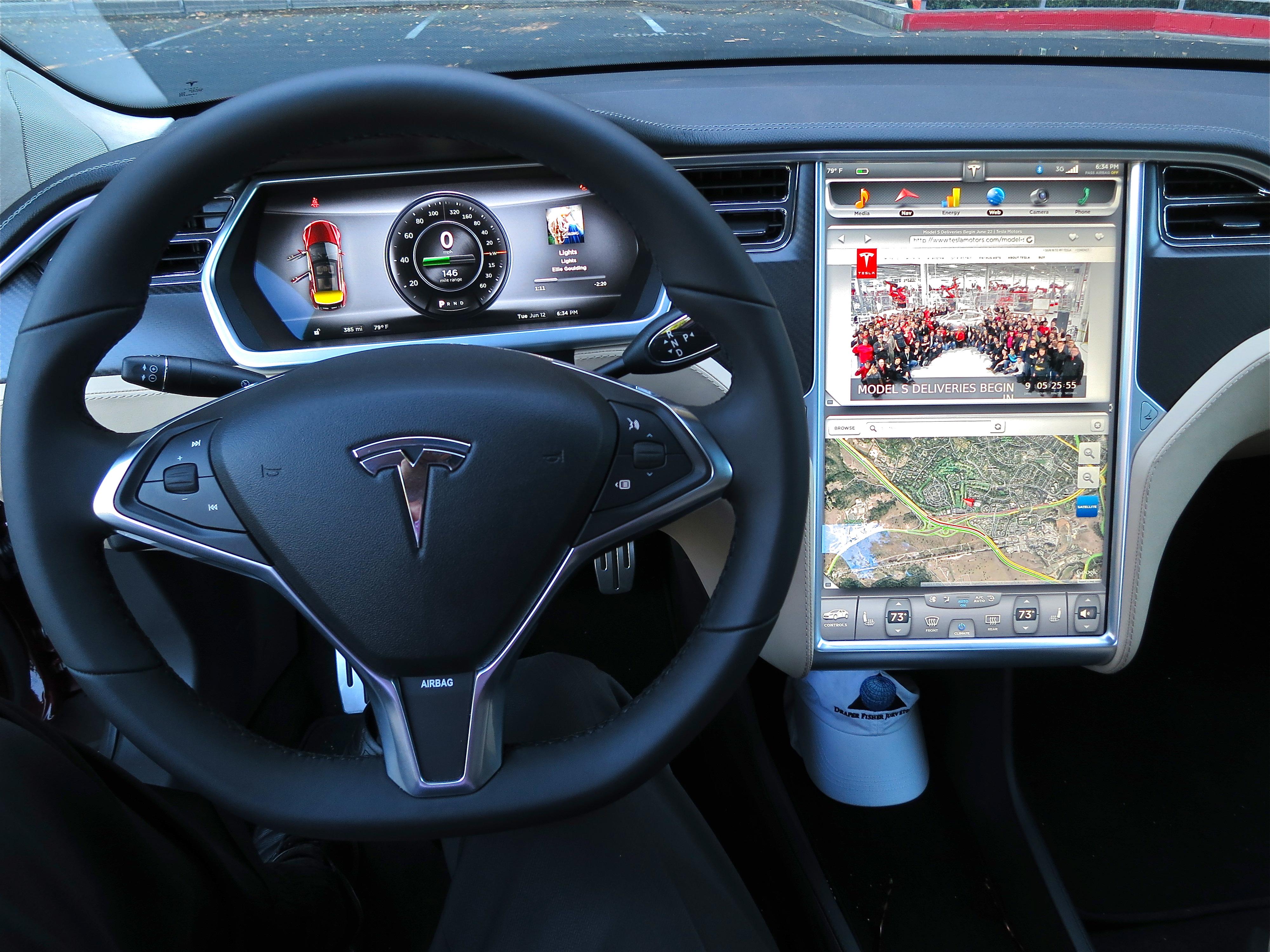 Tesla Model S. Elon Musk is the largest shareholder in both Tesla and SolarCity. Photo by: jurvetson (Steve Jurvetson)