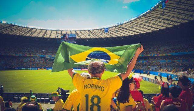 International soccer flag. Photo by: pexels.com / Ciao.