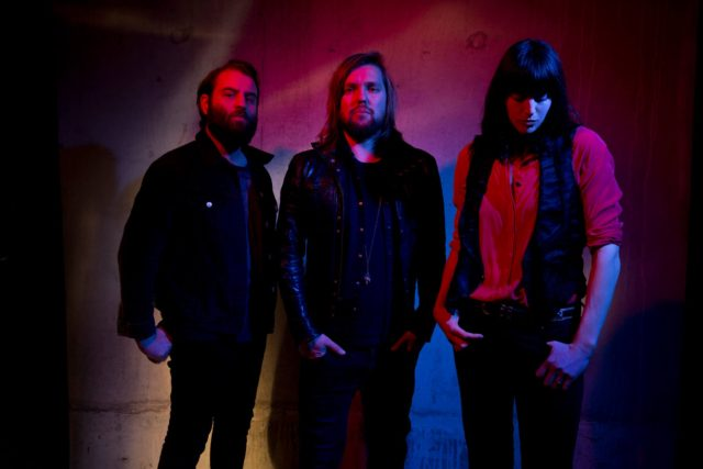 Band of Skulls. Photo by: Andy Cotterill. Courtesy by: Sacks & Co.