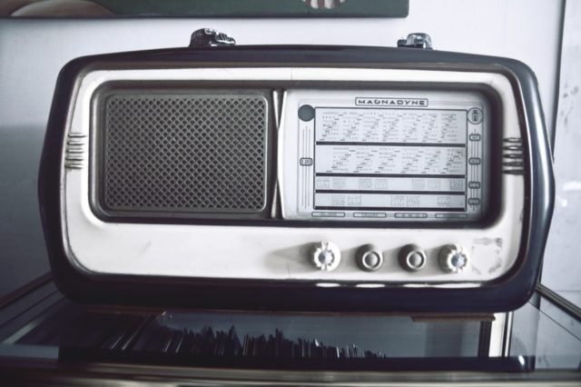 Vintage music player. Photo by: pexels.com / splitshire.com