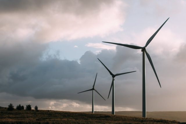 Renewable energy with wind power. Photo by: Pexels.com