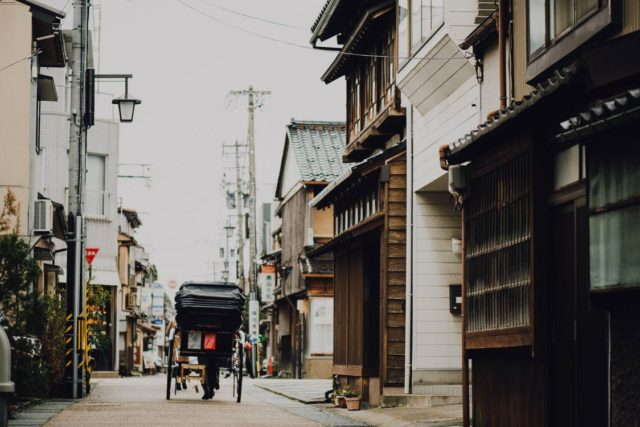 Architecture in Japan. Photo by: Pexels.com