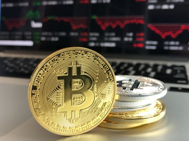 Bitcoin. Photo by: David McBee / Pexels.com