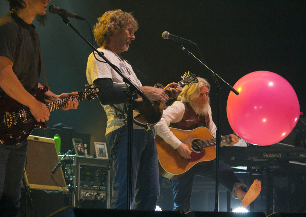 The String Cheese Incident performing with Sam Bush on Friday, December 28. Photo by: Matthew McGuire