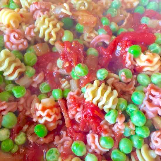 Radiditore pasta with peas