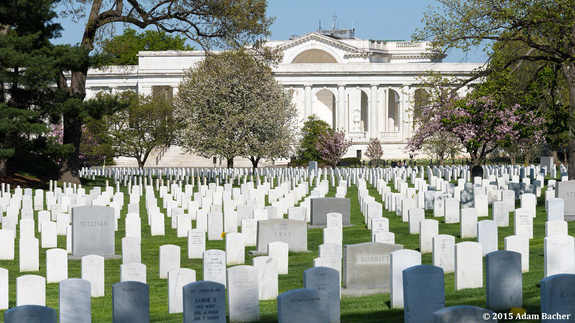 Portland Oregon photographer at Arlington Memorial Amphitheater in Arlington National Cemetery