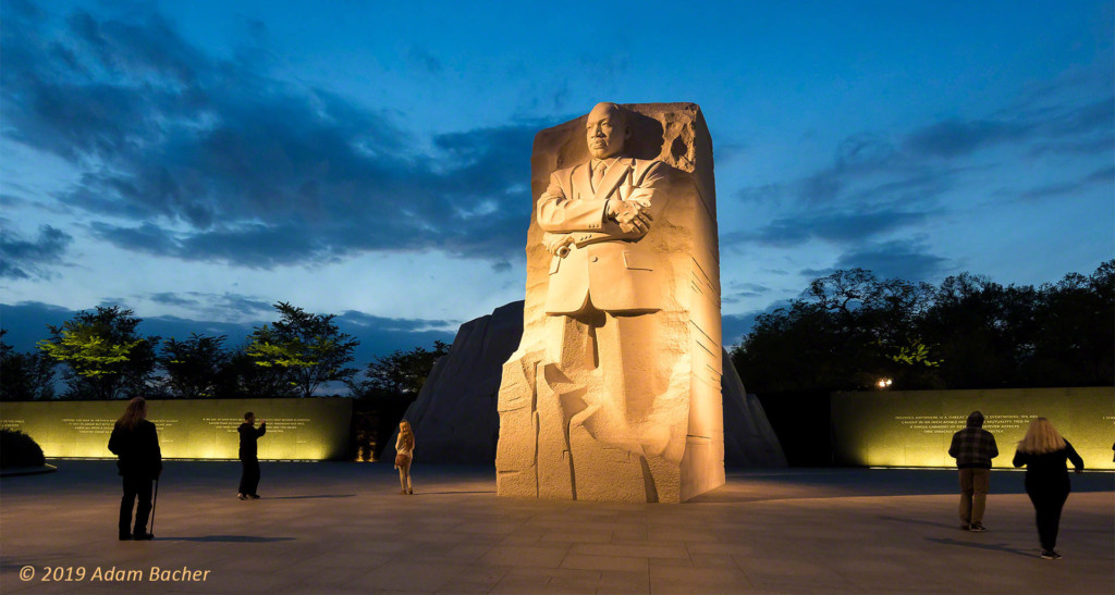 martin luther king memorial at night, washington dc, travel photography