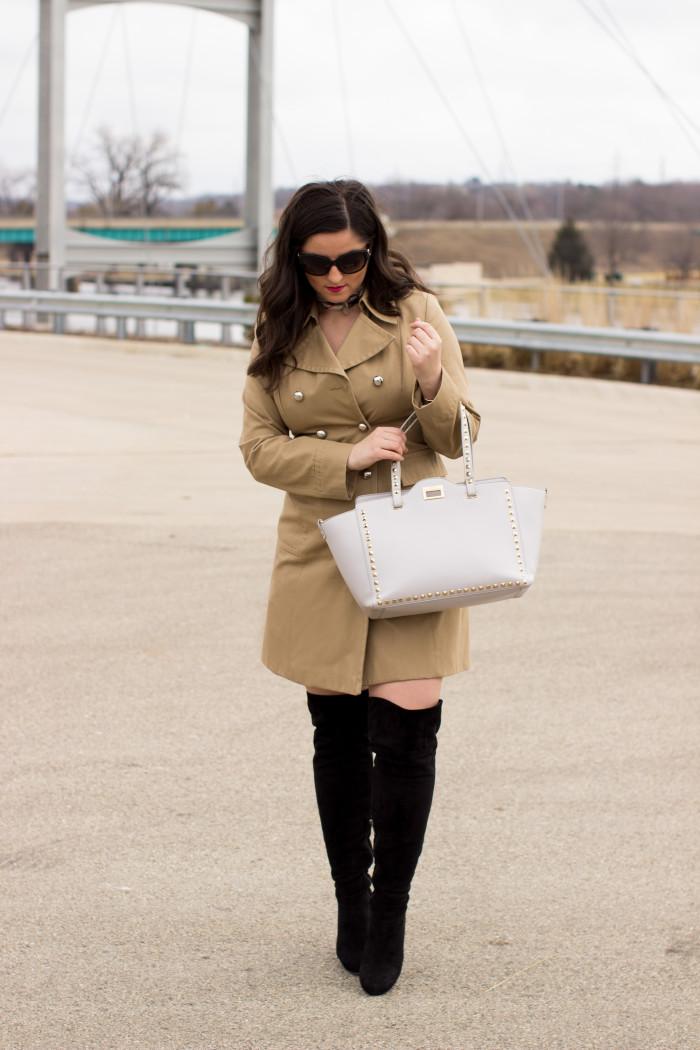 trench coat, banana republic, banana republic coat, classic beige coat, spring coat, coat and boots,