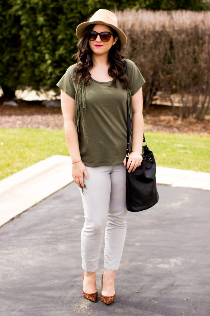 earth tones, gray skinny jeans, leopard pumps, green top, jcpenny fashion, hat, earth tone outfit