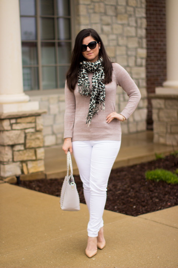 white jeans, leopard scarf, blush top, experess jeans, bcbg handbag, blogger fashion, spring outfit idea