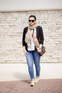 Casual Chic Look with Jeans