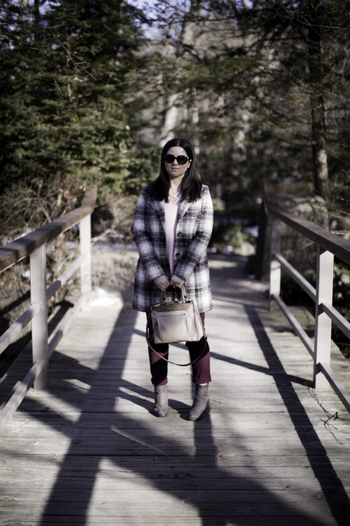 plaid winter coat, steve madden winter coat, winter outfit idea, burgundy jeans, light pink top