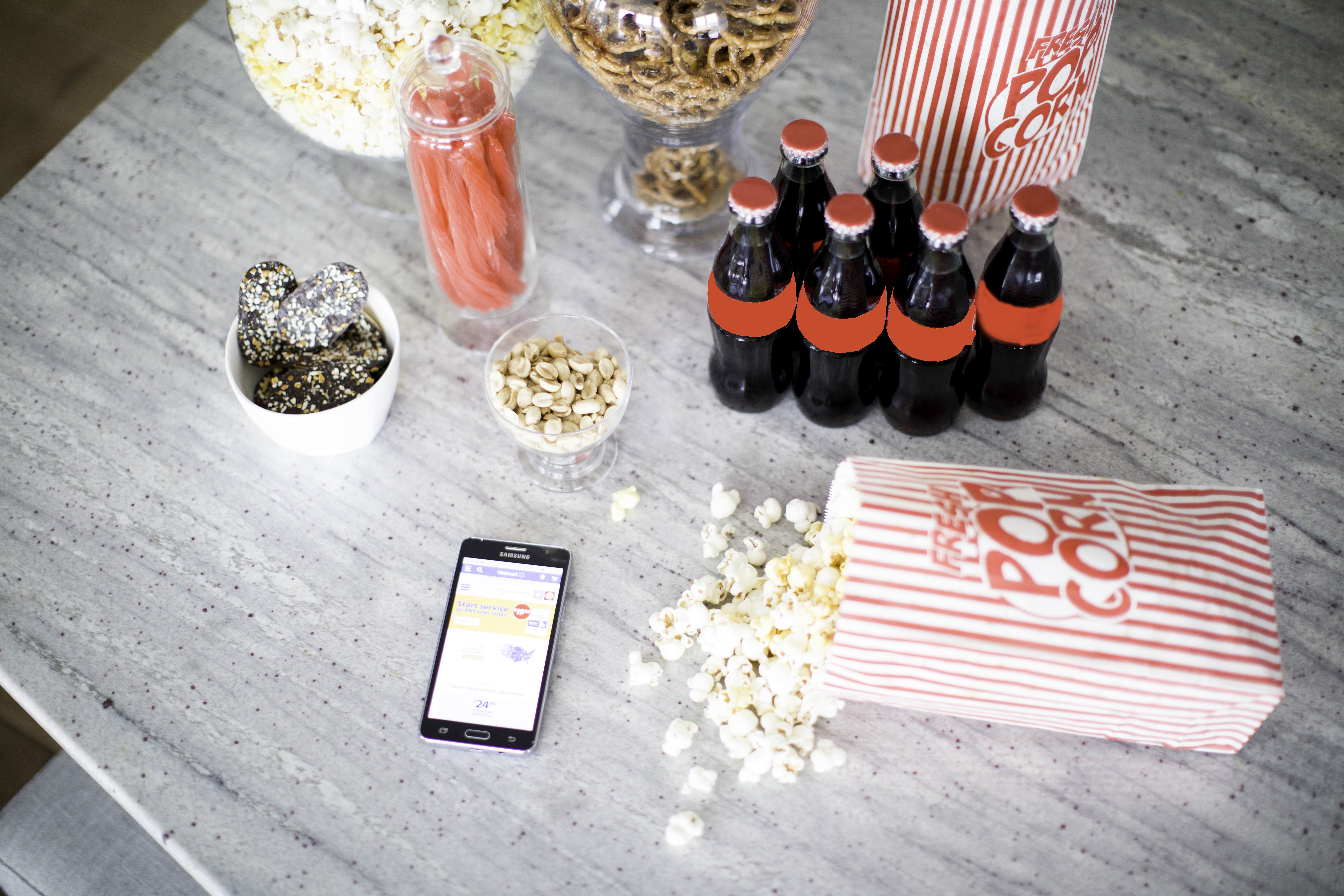 Movie night with Walmart Family Mobile, Max Your Tax Cash with Walmart Family Mobile Plus, Samsung Galaxy On5 #shop #YourTaxCash #CampaignHashtag #CollectiveBias #ad