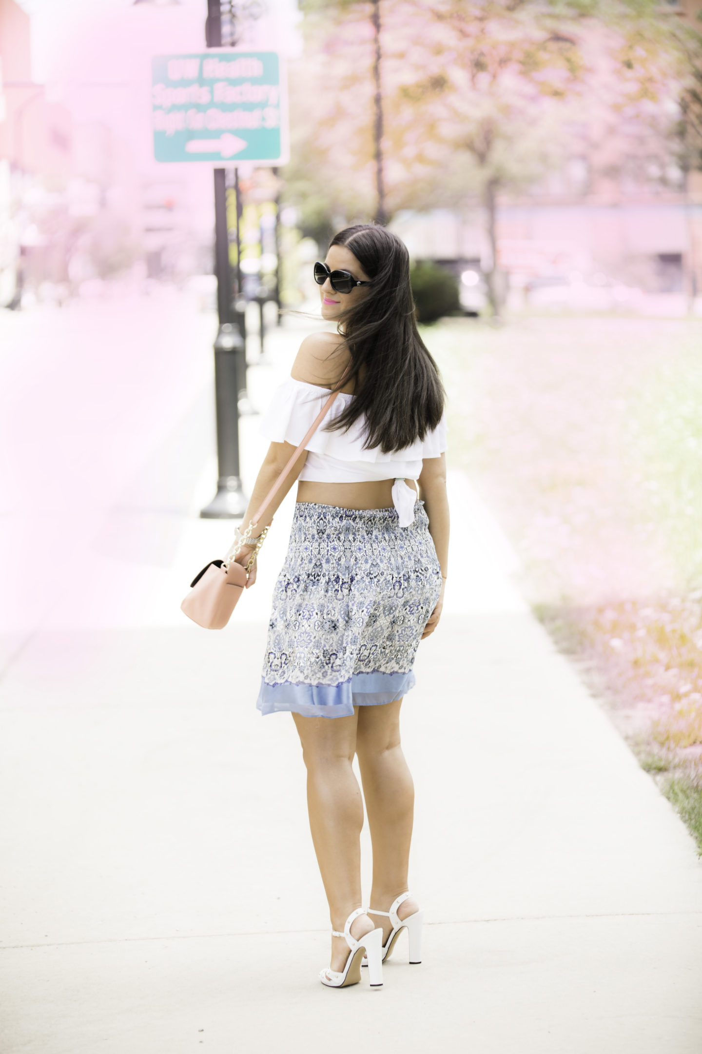 how to wear the crop-top trend