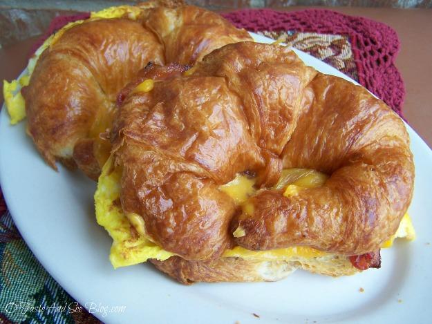 breakfast croissant 030