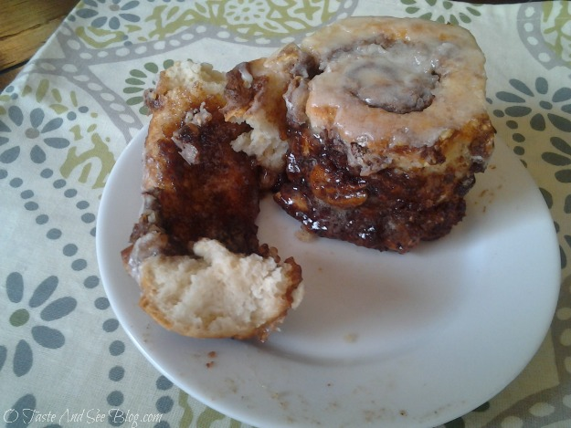 maple pecan cinnamon roll 6