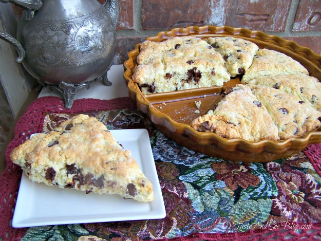 Choc Chip Scones 037