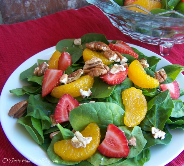 strawberry spinach salad 047