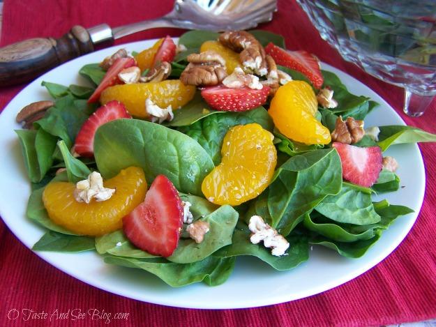 strawberry spinach salad 049