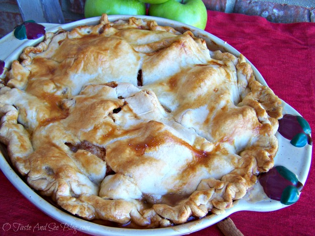 old fashion apple pie 006