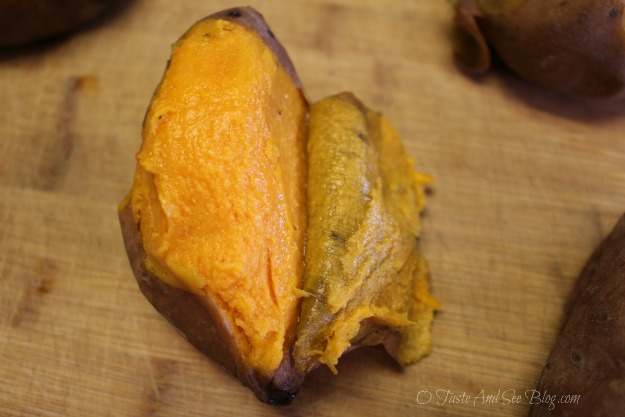 peeling sweet potatoes 091