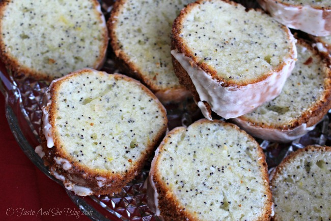 Lemon poppy seed pound cake 134