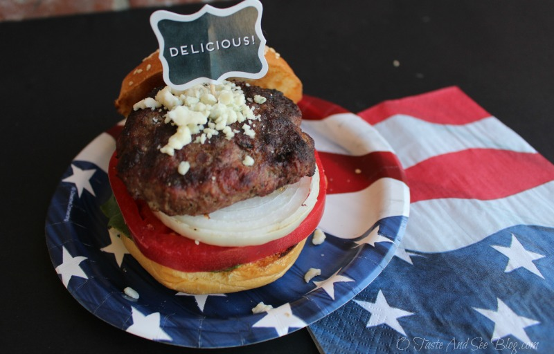 Red White and blue burgers #KingsfordFlavor #ad