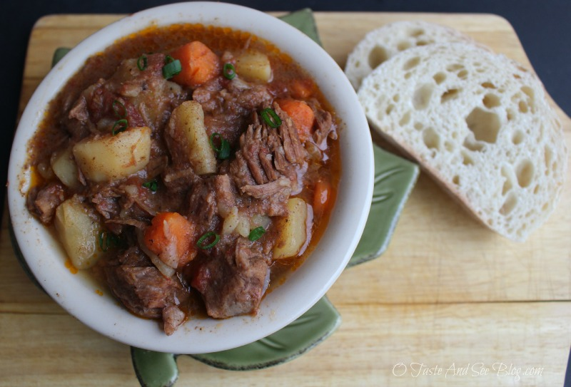 Crock Pot Beef Stew #knifeskills ad