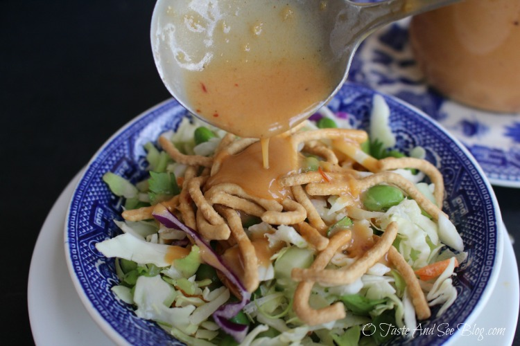 Edamame Coleslaw with 5 minute Asian Dressing #ad #soyfoodsmonth