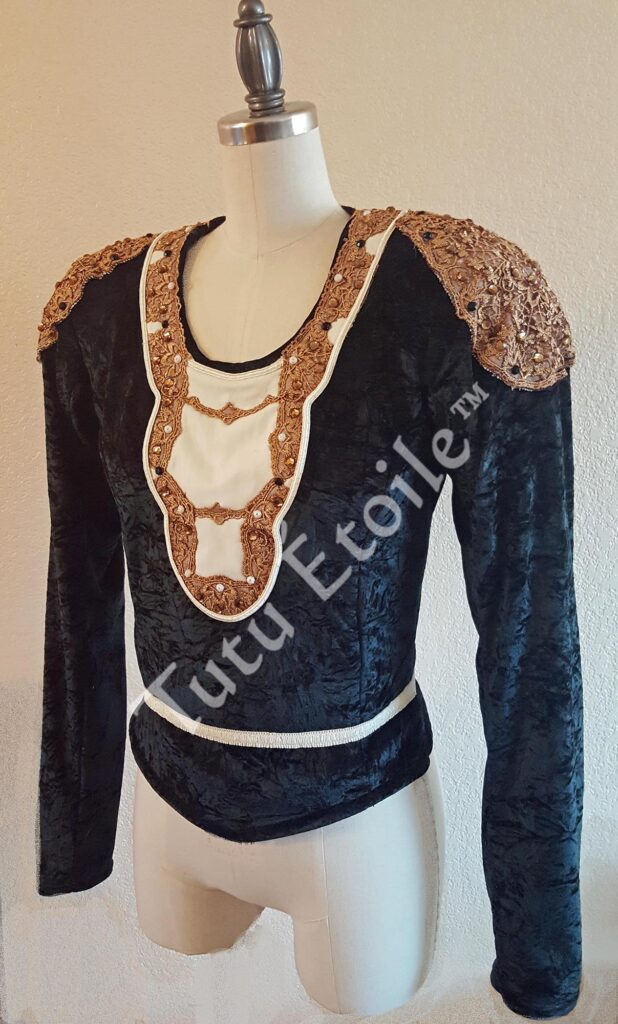 Le Bayadere tunic front