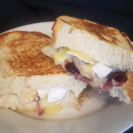 Roasted Turkey & Brie Sandwich