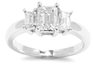 Holiday Deals on Engagement Rings…online