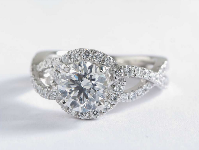 Colin Cowie Engagement Ring