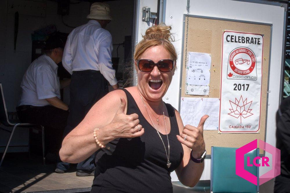 Kelly from Team BGR giving the thumbs up