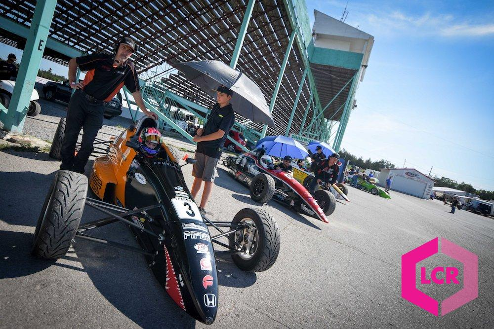 F1600 Racers ready to race at Shannonville Motorsport Park