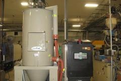 PLASTIC RESIN DRYER AND HOPPER (PLASTIC)