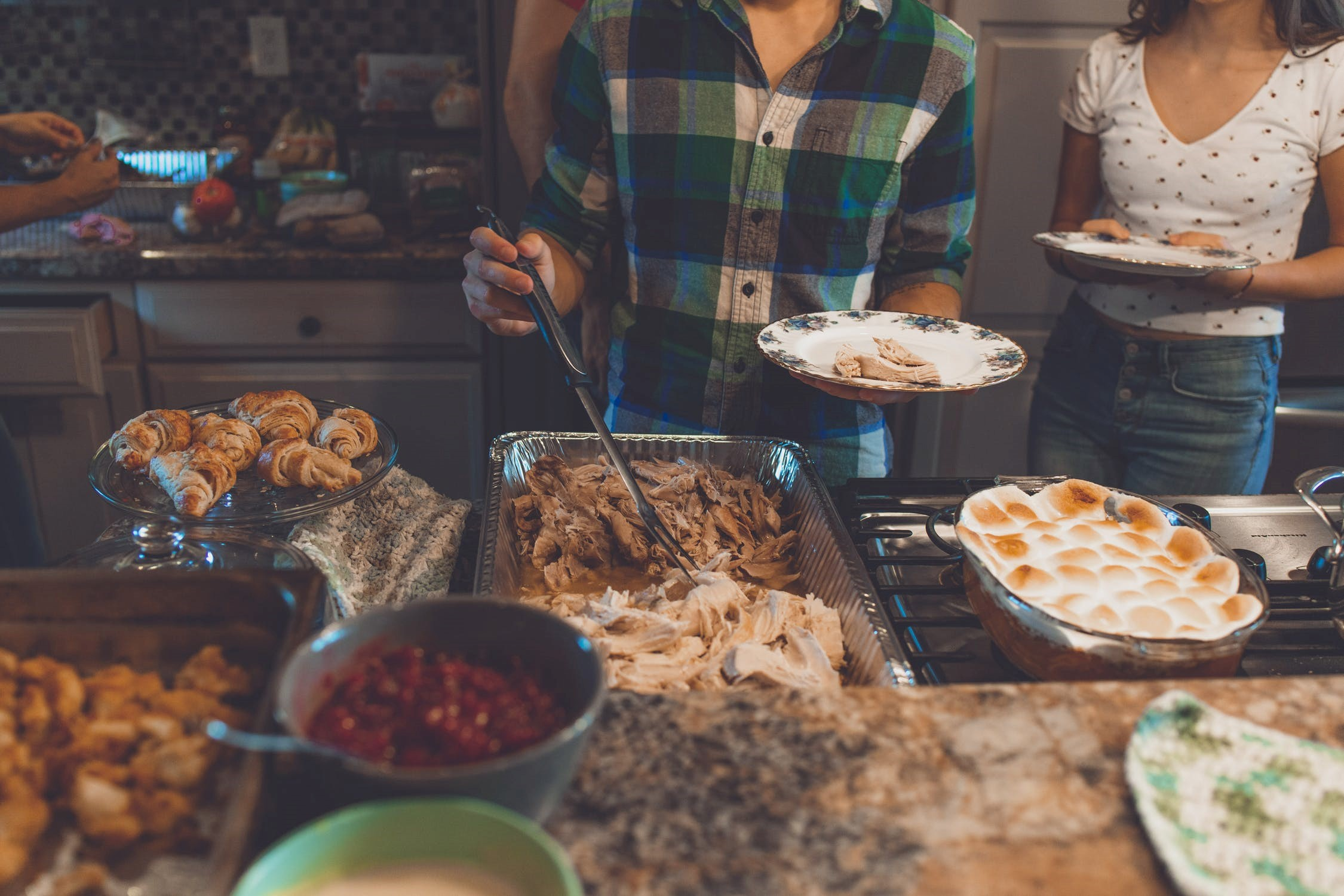 How To Get Your Home Thanksgiving Ready (And Impress Even The Most Critical Family Members)