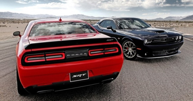 2015-Dodge-Challenger-SRT-Hellcat-Exterior-Photos-20-800x420