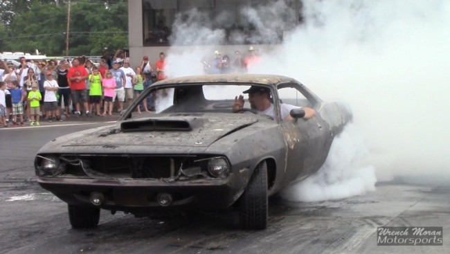 this-guys-1970-cuda-burnt-to-the-2zleo0r0oylz4loat2dxc0