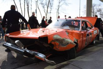 general lee charger chicago jump