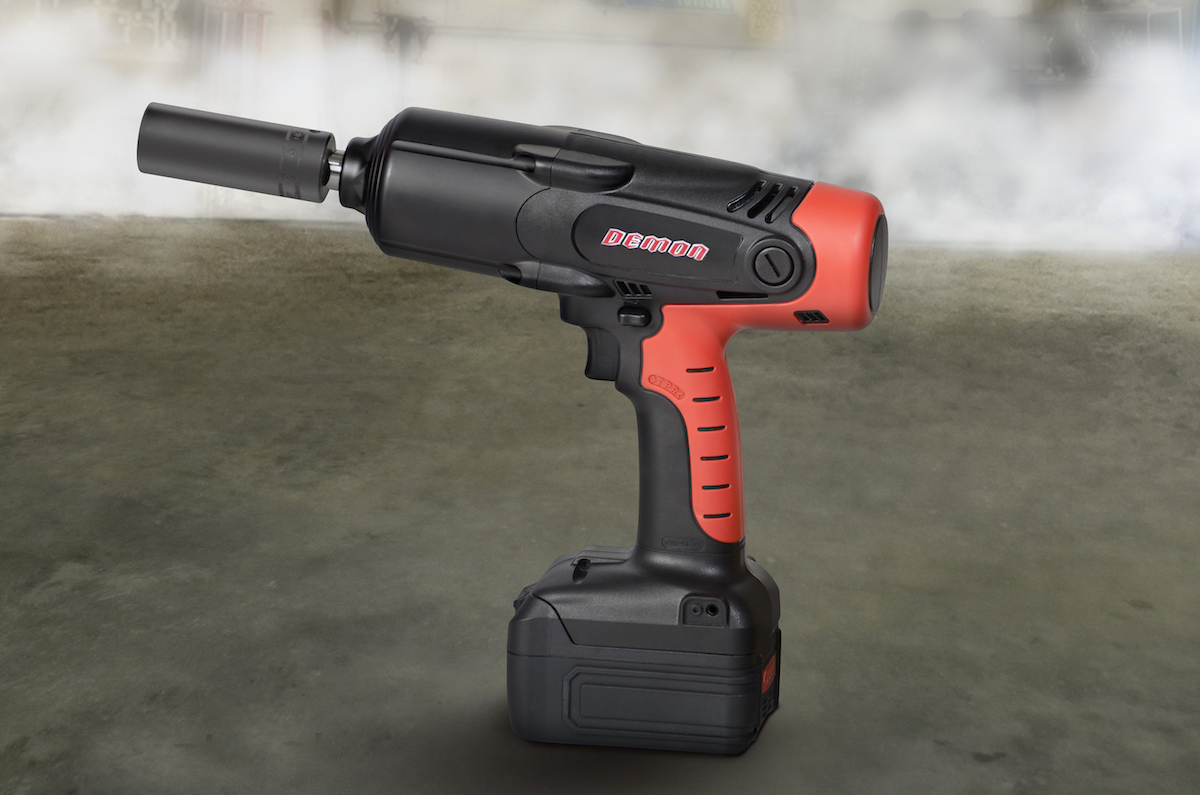 In collaboration with Dodge, Snap-on Business Solutions delivers what customers need to take the 2018 Dodge Challenger SRT Demon from the street to the drag strip and back again. This is a special, limited-production set of tools for the Dodge Challenger SRT Demon that includes this cordless impact wrench with charger.