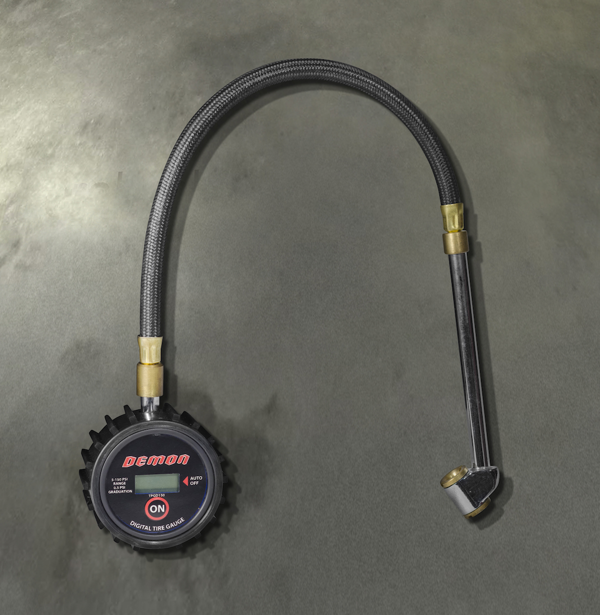 In collaboration with Dodge, Snap-on Business Solutions delivers what customers need to take the 2018 Dodge Challenger SRT Demon from the street to the drag strip and back again. This is a special, limited-production set of tools for the Dodge Challenger SRT Demon that includes this tire pressure gauge.