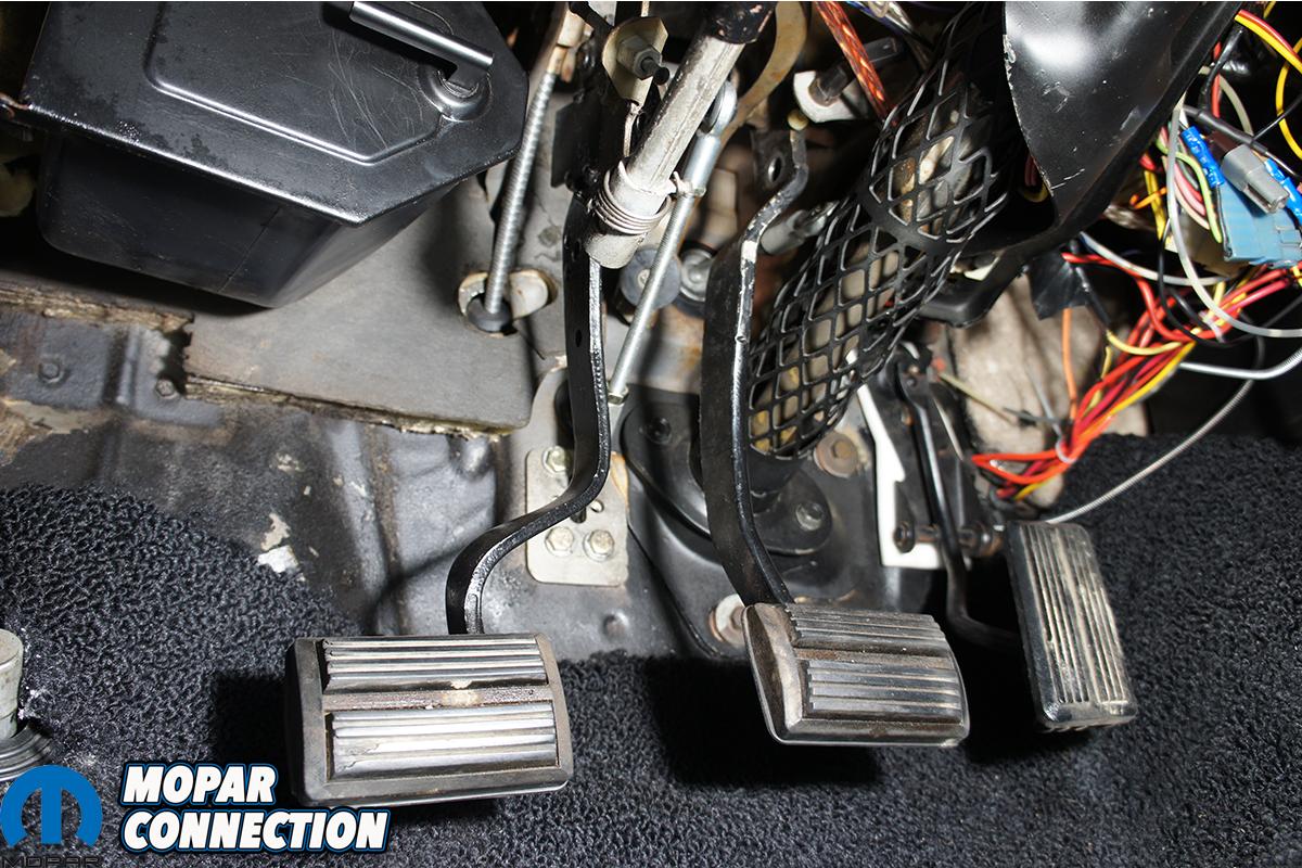 american powertrain pedal 30