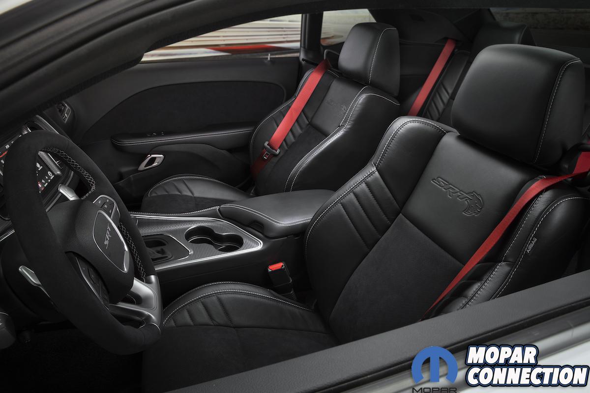 2019 Dodge Challenger SRT Hellcat Redeye Widebody - interior