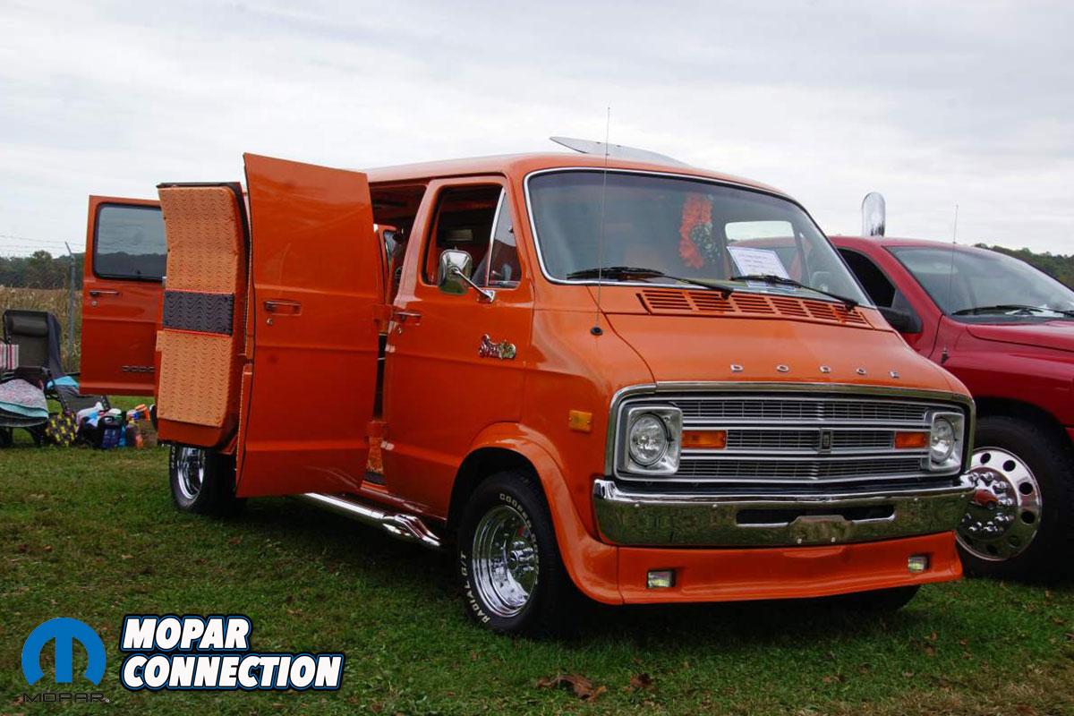 Dodge Boogie Van