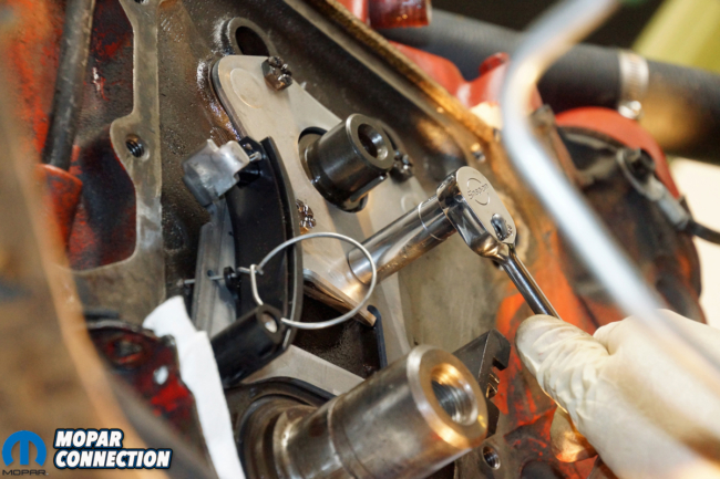 017-hughes-engine-cloyes-timing-chain-tensioner-mopar-installed