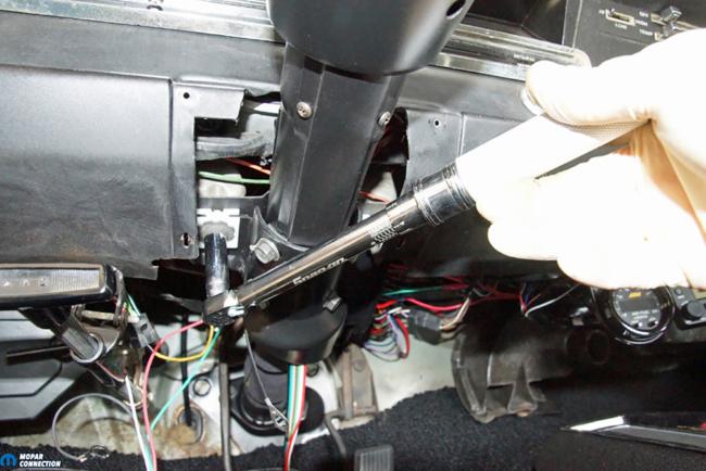 040-year-one-steering-column-breakaway-bracket-dodge-dart